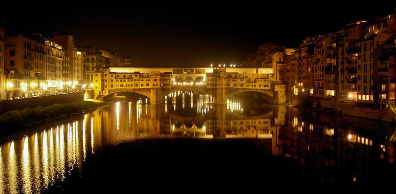 Ponte Vecchio di Notte