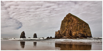Haystack Rock Cannon Beach, Oregon