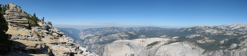 Peering into the granite wonderland.<br /> <br /> Location: Cloud's Rest, Yosemite NP, CA<br /> Date: Aug 26, 2006