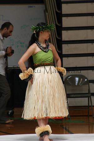 Halau o Kekuhi fashion show