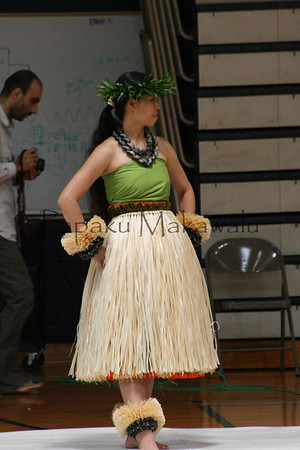 Halau o Kekuhi fashion show