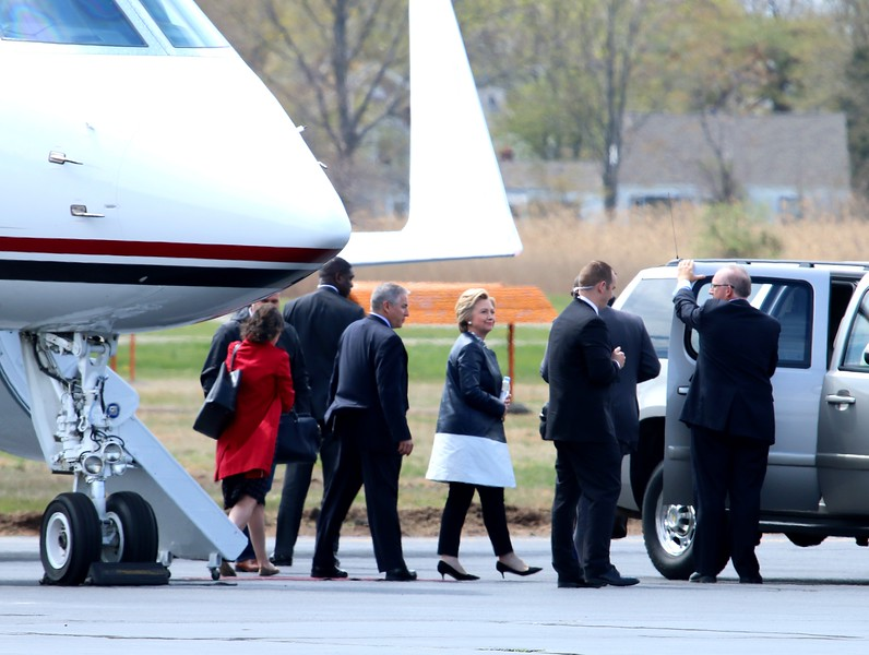 Fmr. Sect'y of State Hillary Clinton at Tweed-New Haven Airport