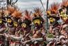 Huli wigmen performing