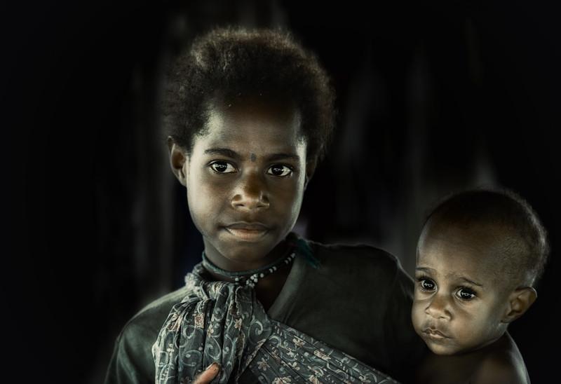 Papuan bonding