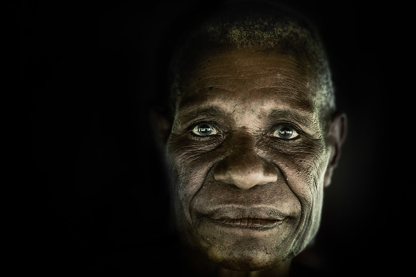 Old Papuan lady