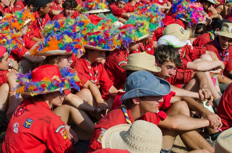Carnaval de couleur sur les chapeaux