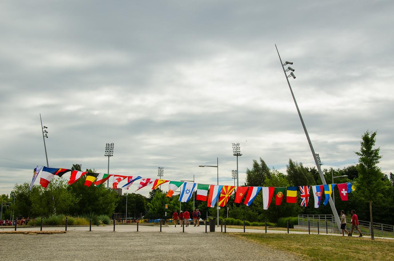 Les drapeaux des différentes délégations