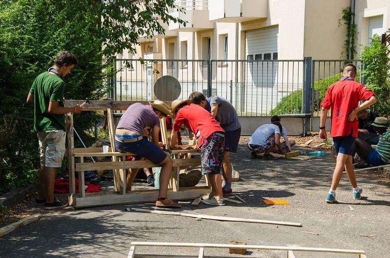Fabrication de mobilier de jardin en palettes récupérées