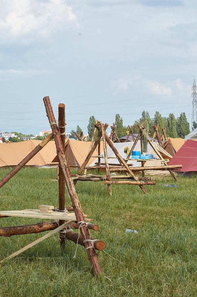 Le camp désert, les pionniers caravelles à Strasbourg