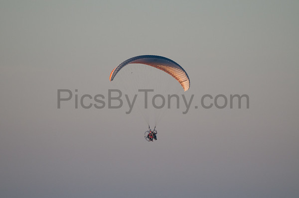 Folks Parachute Flying on  Dec. 11, 2015