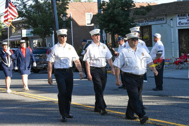 6-3-17 Lindenhurst Invitational Parade-12