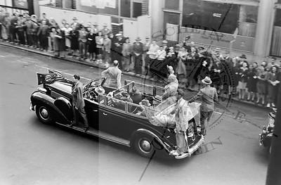 Harry Truman's Motorcade Going Down Montgomery - 1945