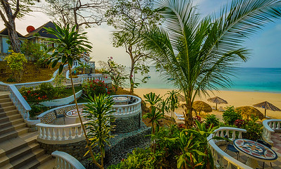 Morning in Paradise Photography By Messagez.com