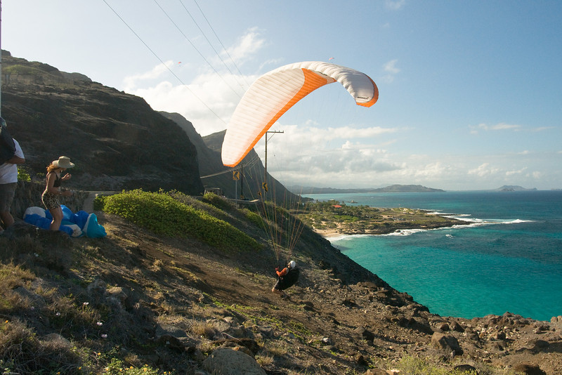 Maneuvering Makapuu-48