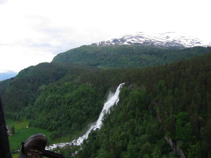Tvindefossen, Voss