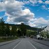Venter på bussen i Ringebu.
