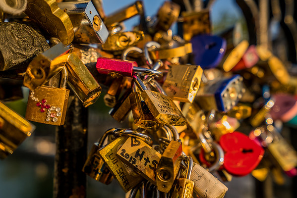 Love locks at Notre Dame