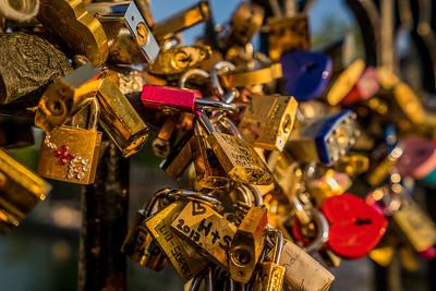 Love locks at Notre Dame
