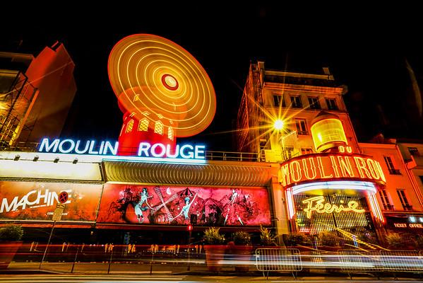 Moulin Rouge glow