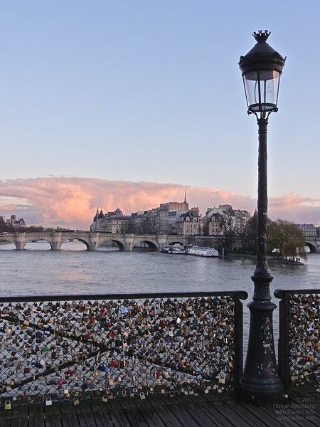 Pont des Arts with view to Pont Neuf. Use of combination locks begins, though no electronic locks appeared yet.
