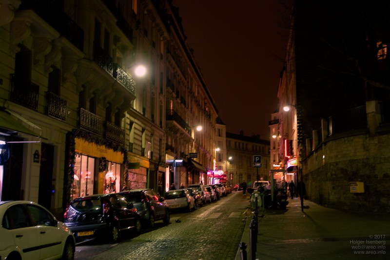 Montmartre, small restaurants and bars.