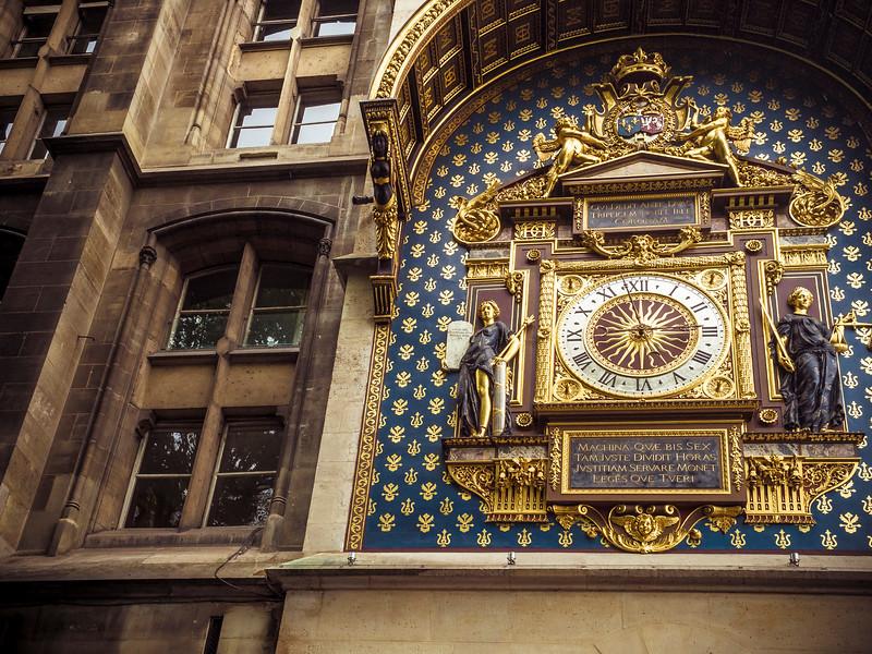Conciergerie clock