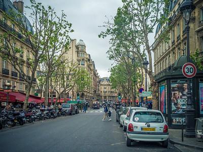 Street Photos and Paris Boulevards