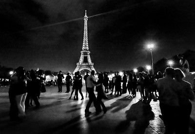 """A fantabulous night to make romance"": Dancing under the light of the Eiffel Tower in Paris, France"