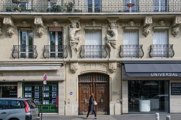 An ornate doorway in Paris
