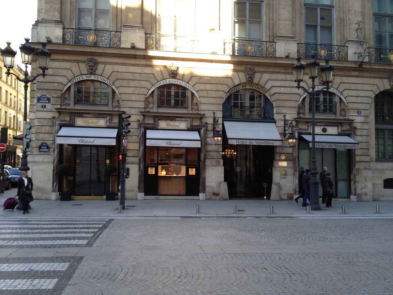 The square is populated by very high end jewelry stores.