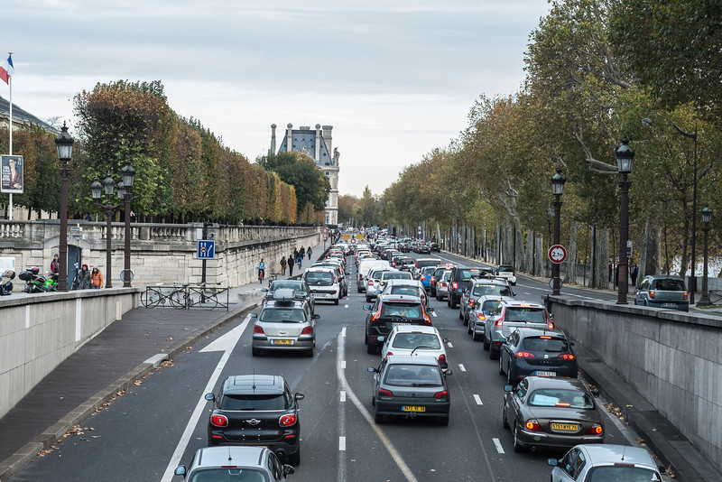 Traffic in Paris is heavy all the time.