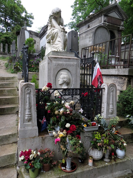 Cimetière du Père Lachaise<br /> May 2013