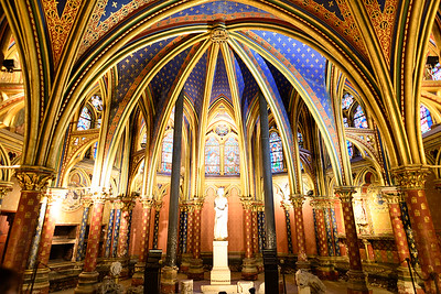 Lower Chapel - Sainte-Chappelle Paris
