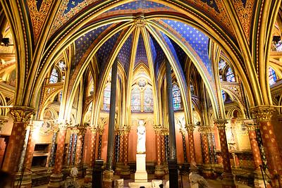 Lower Chapel - Sainte-Chappelle Paris