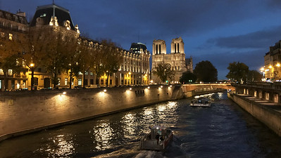 Ile Saint- Louis at Night