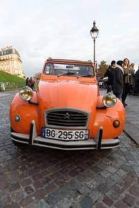 Deux Chevaux parked in Montmartre