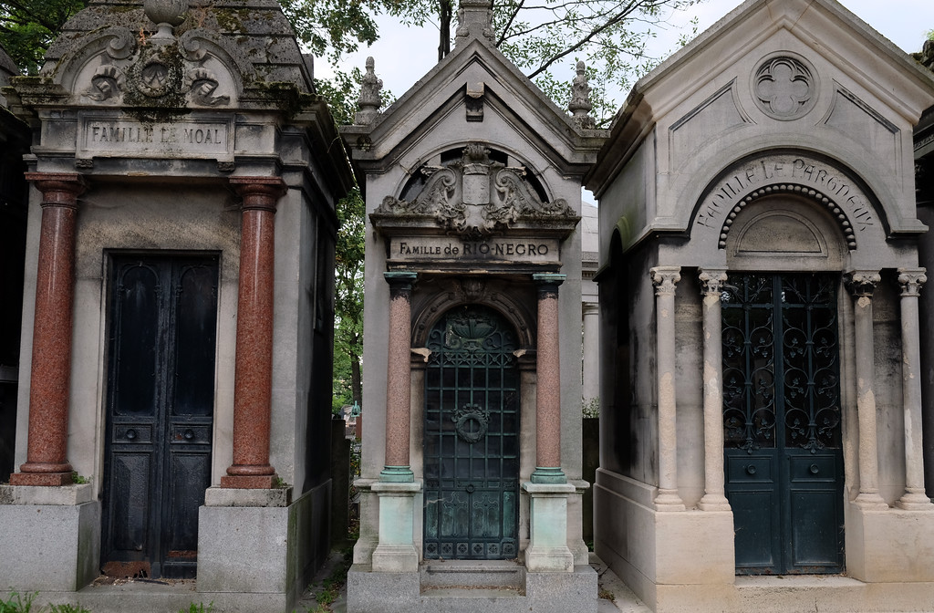 . The Montmartre Cemetery in the 18th arrondissement of Paris is like an open-air museum as many graves have been listed as Historic Monuments. The hilly and shady cemetery is the burial place of, among others, Alexandre Dumas, Francois Truffaut, Emile Zola, Edgar Degas and Jim Morrison. Photo by Shmuel Thaler