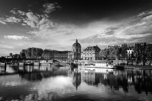 REF003 - Paris en Noir et Blanc par Antonio GAUDENCIO Auteur Photographe
