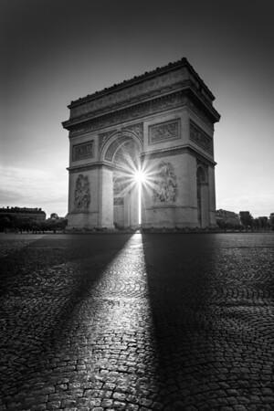 REF015 - Paris en Noir et Blanc par Antonio GAUDENCIO Auteur Photographe