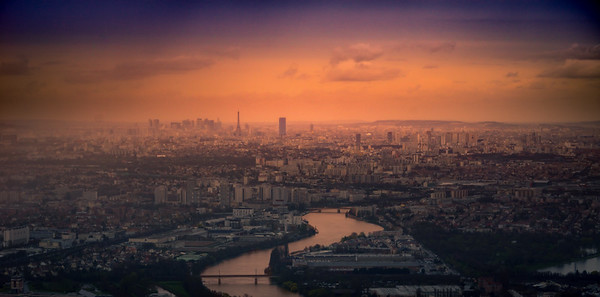 Paris folder
