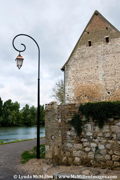The Seine and copper lantern of Les Andelys.