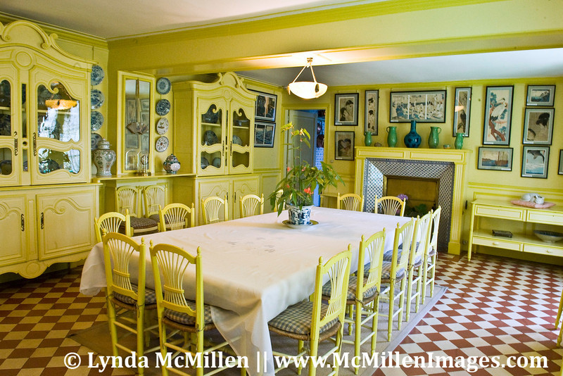 Monet's dining room (He and wife Alice had 8 children from two families).