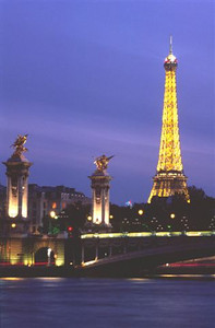 Paris evening along the Seine turns to night - Tour Eiffel and Pont Alexandre III