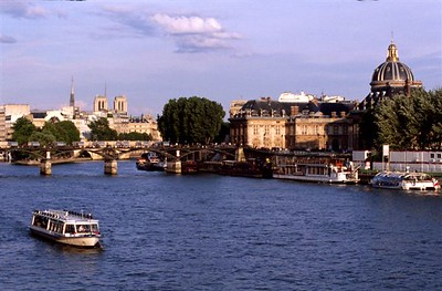 Paris evening along the Seine - looking north from the Pont du Carrousel