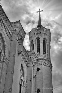 Cathédrale Saint-Jean-Baptiste cross