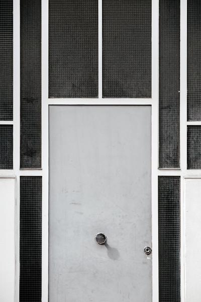 A door in Paris