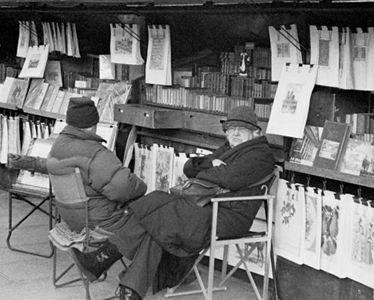 Bookseller - Quai de Montebello