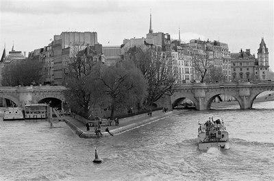 Ile de la Cite from Pont des Arts