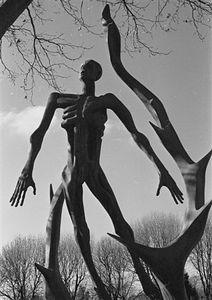 21 - Holocaust Statue