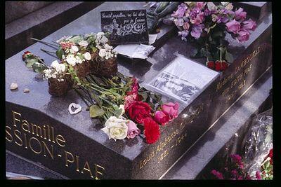 Piaf Grave Closeup
